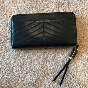 Covet Mercer Wallet- Stella & Dot